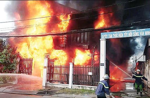 cháy nhà ở