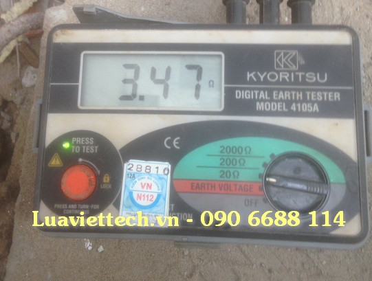 đo điện trở đất nơi thi công lắp đặt kim thu sét