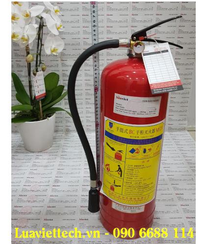 bình cứu hỏa có tem kiểm định của bộ công an