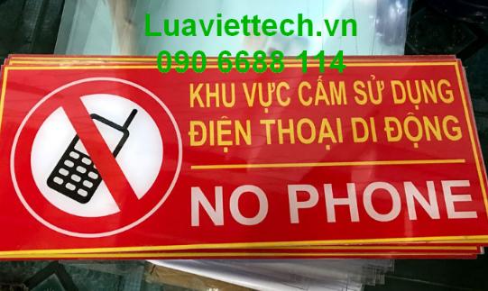 biến báo cấm sử dụng điện thoại