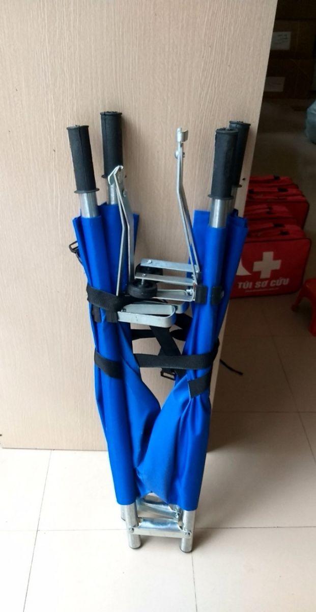 Cáng cứu thương 2 bánh xe đẩy, gập gọn tiện lợi giá rẻ giá sỉ