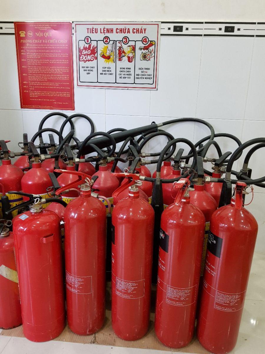 bình chữa cháy cần nạp sạc