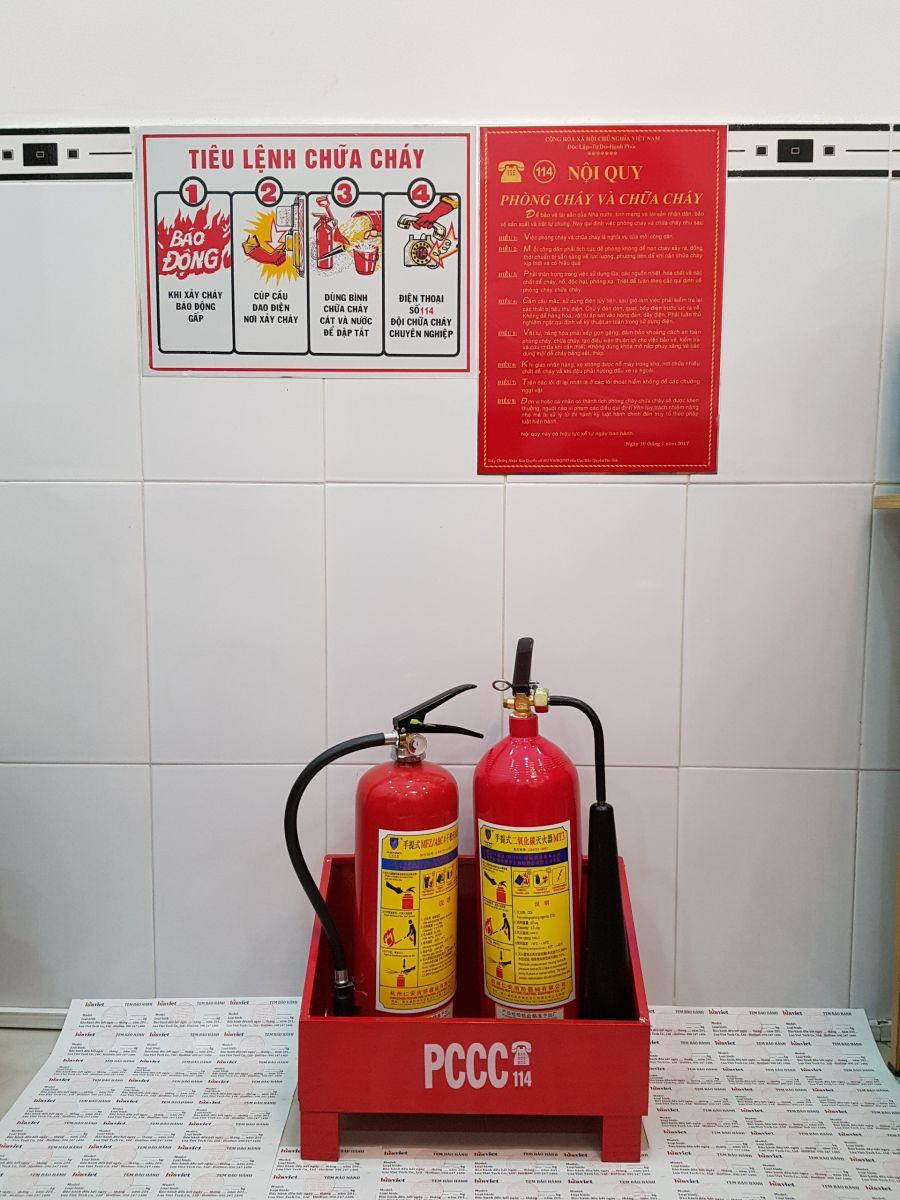 bình chữa cháy khí co2 và bột chữa cháy