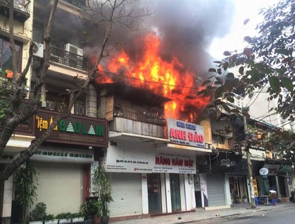 cháy nhà cao tâng