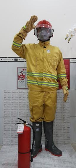 quần áo chữa cháy theo quy định