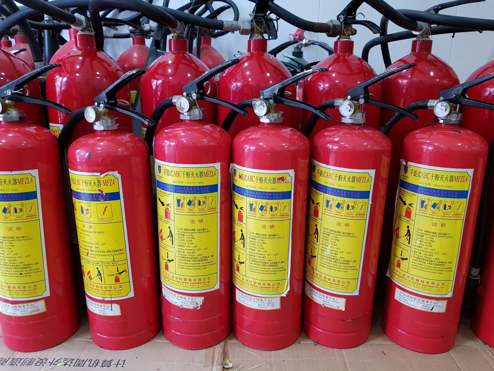 bảo dưỡng bình chữa cháy cũ