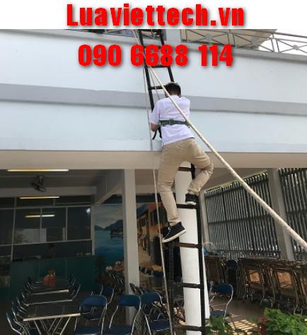 thang dây thoát hiểm khẩn cấp cho nhà cao tầng giá rẻ